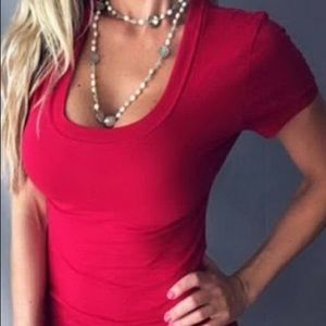 Sexy red scoop short sleeve top
